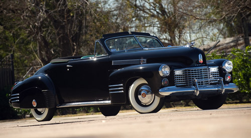 Fleetwood Cadillac Series 62 Convertible Coupe